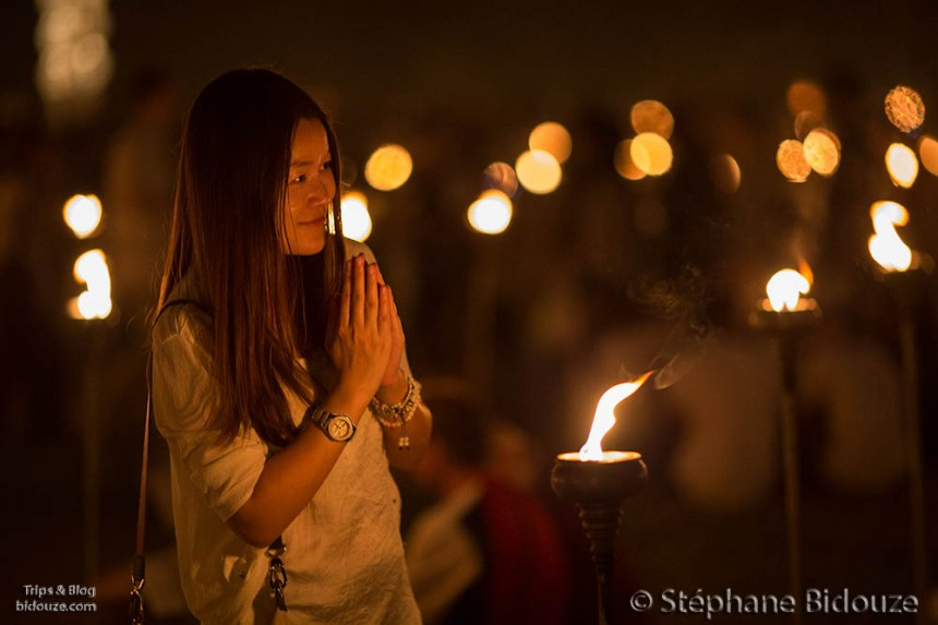 Woman praying for peace