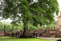 school-kids-thai-outdoors