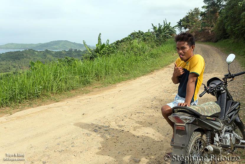 guide-motorbike-palawan-philippines