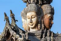 bouddha-tete-bois-pattaya-sanctuaire