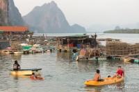 enfants-thai-jeux-canoe-koh-panyi