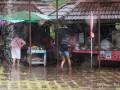 khao-yai-cuisine-nourriture-pluie
