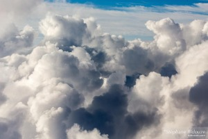 nuages-avion-traverser