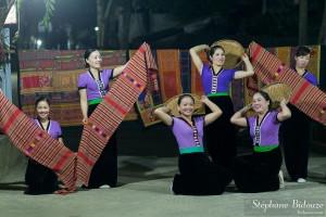 thia-spectacle-vietnam-mai-chau