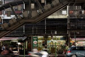 bangkok-bts-station-thong-lor