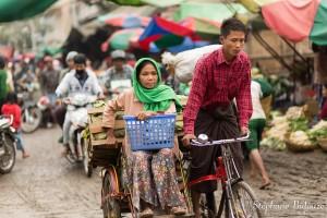 vélo-mandalay-boue-marché-Zegyo
