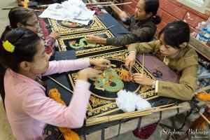 broderie-mandalay-birmanie